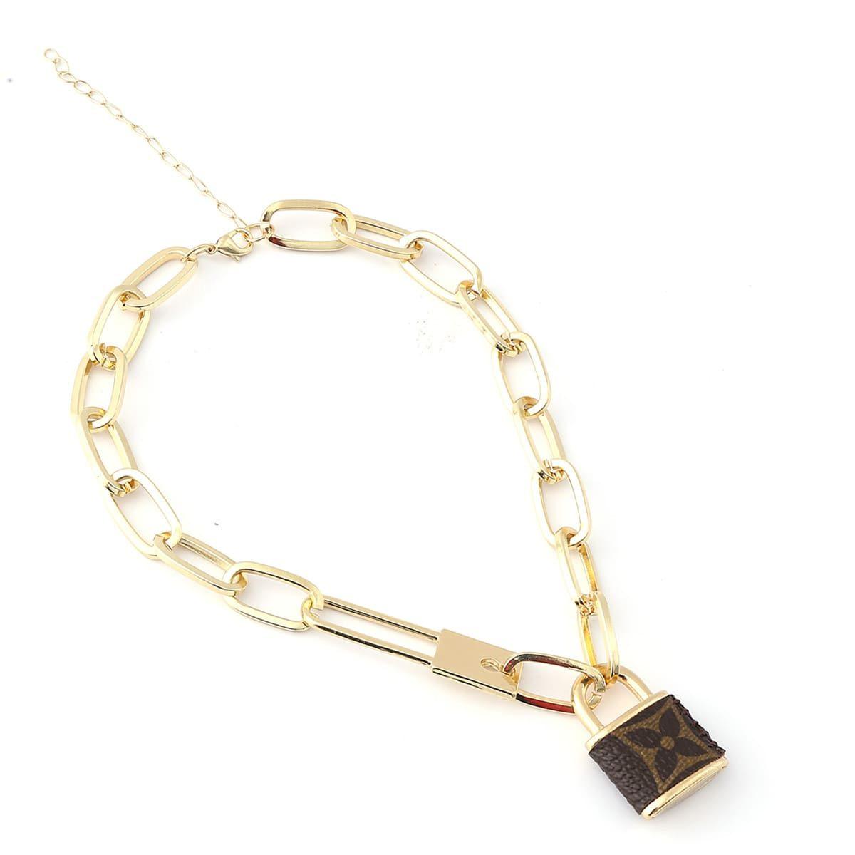fashion-monogram-necklace-made-of-upcycled-lv